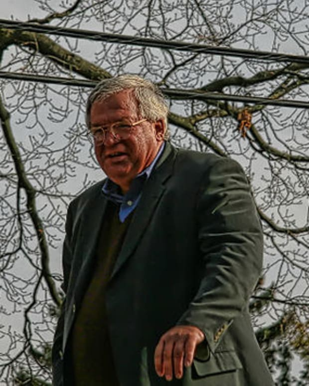 Former Speaker Hastert Seeks To Avoid Prison Sentence Promo Image