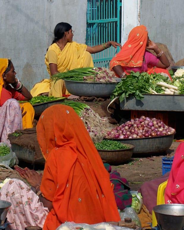 indianwomen.jpg