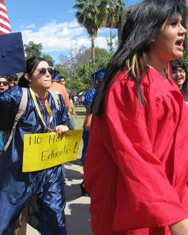 Arizona Students Pitch In For Illegal Immigrant Tuition Promo Image