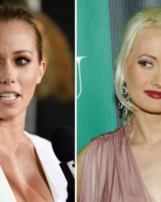 Kendra Wilkinson Attacks Holly Madison, Apologizes Promo Image