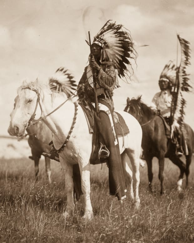 Photos Show Native American Life In Early 1900s (Photos) Promo Image