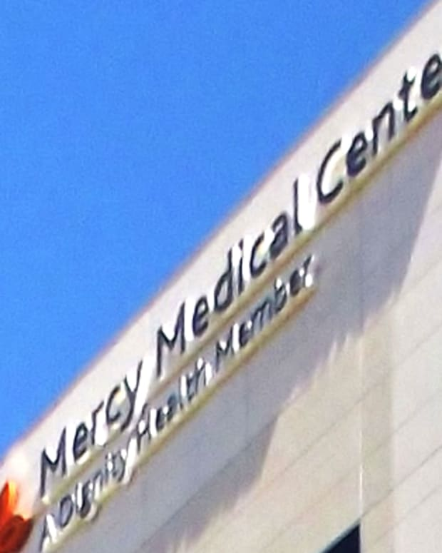 Mercy Medical Center Sign