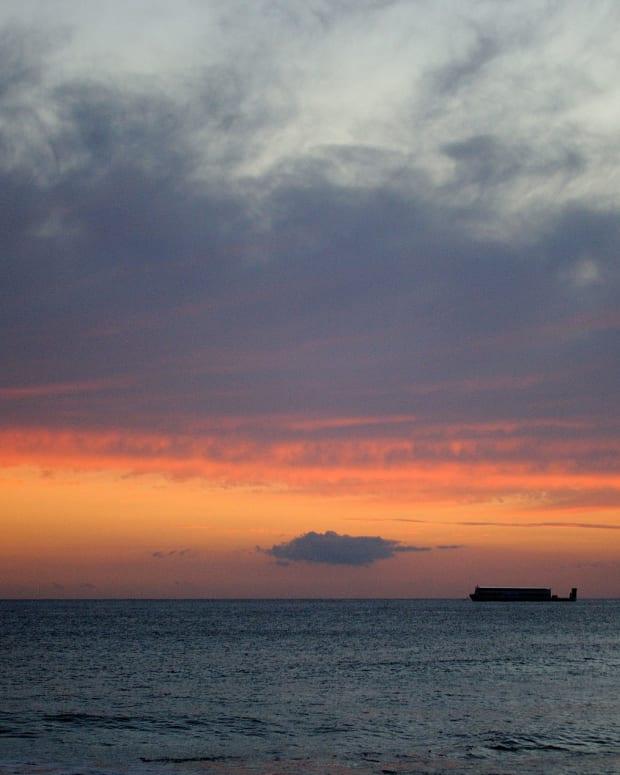 Sunset on the Hawaiian islands.
