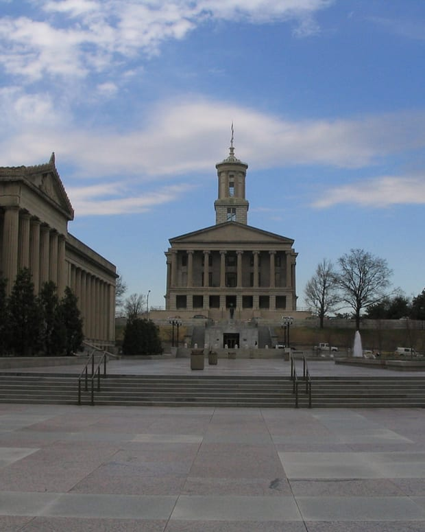 Tennessee Bill Allows Counselors To Turn Away Patients Promo Image