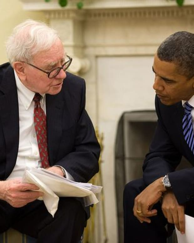 Warren Buffett and President Barack Obama.