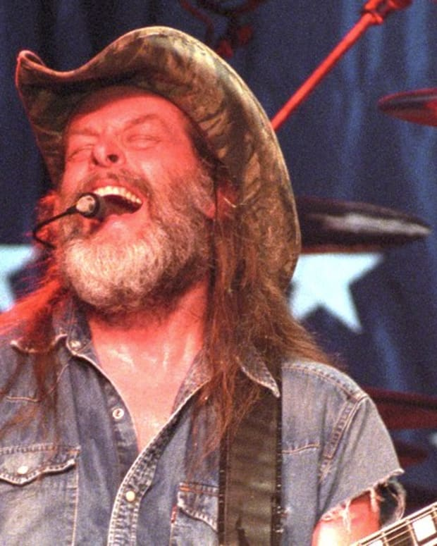 Ted Nugent Posts Fake Video Of Clinton Shot (Video) Promo Image