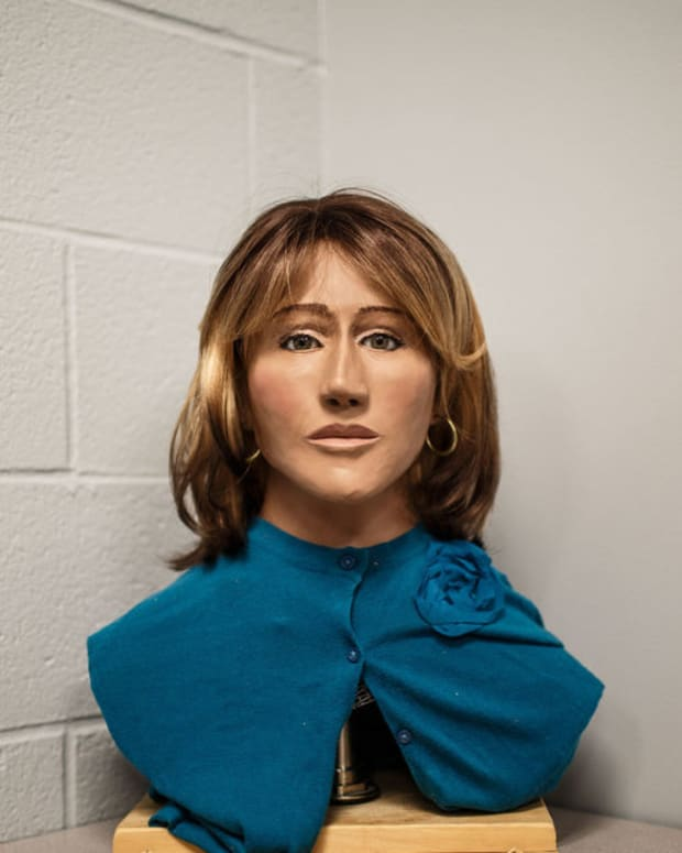 3-D Reconstruction Of Jane Doe In 42-Year-Old Case
