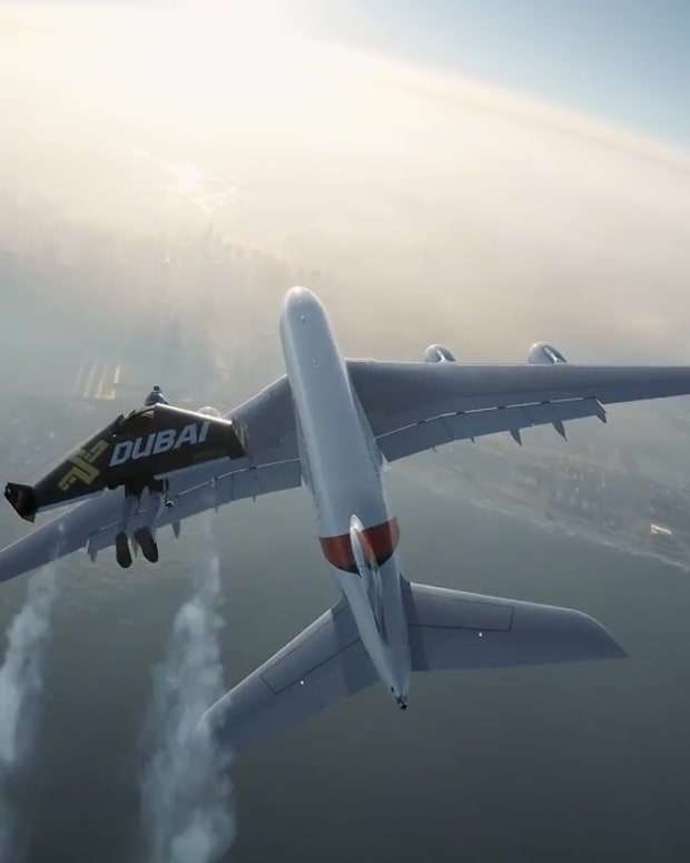 Jetman Emirates Airliner