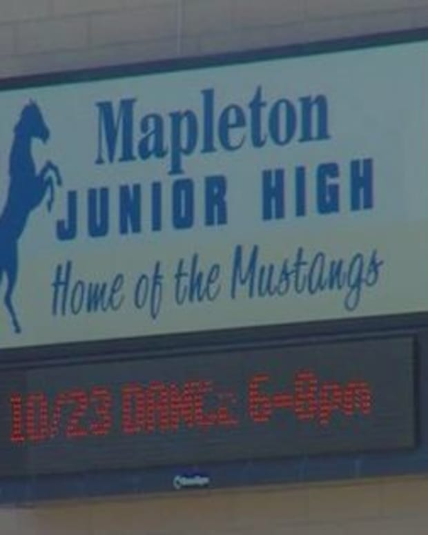 736851.0.mapletonjuniorhigh.jpg