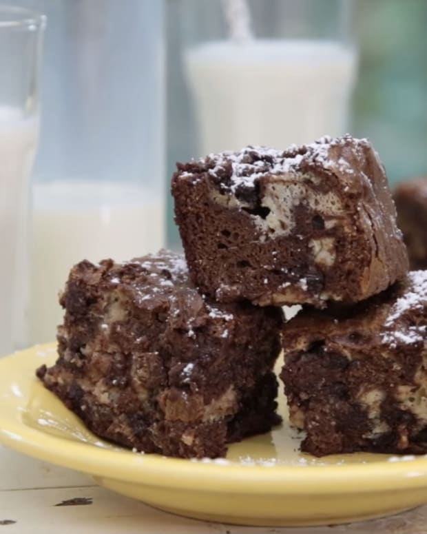 cheesecakebrownies1_featured.jpg