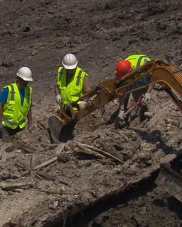 Boston Construction Uncovers 1800s Wooden Ship (Photos) Promo Image