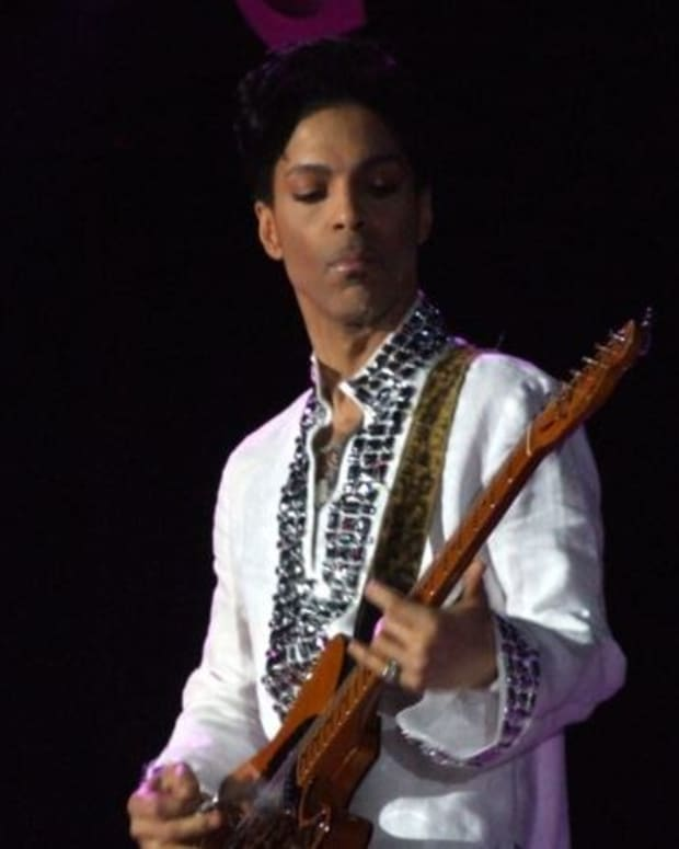 Report: Prince Diagnosed With AIDS Before Death? Promo Image