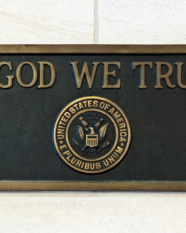 'In God We Trust' Plaque.