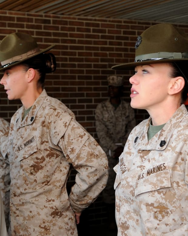 Gen. Martin E. Dempsey speaks with female drill sergeants at Parris Island, South Carolina.