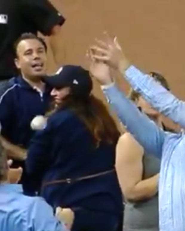 Yankees Fan Drops Balls