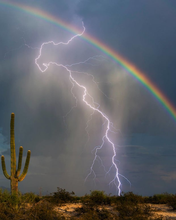 lightningrainbow1.jpg