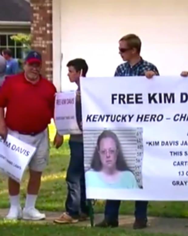 KimDavisProtesters.jpg