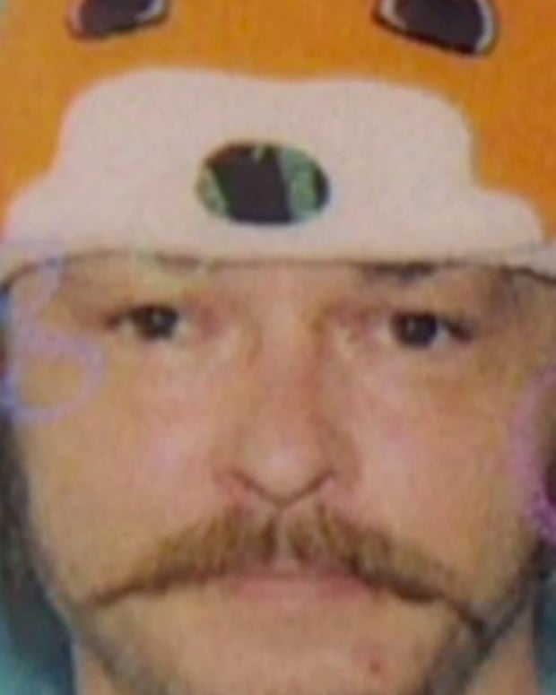 Oregon Man Allowed To Wear Fox Hat In ID Photo (Photos) Promo Image