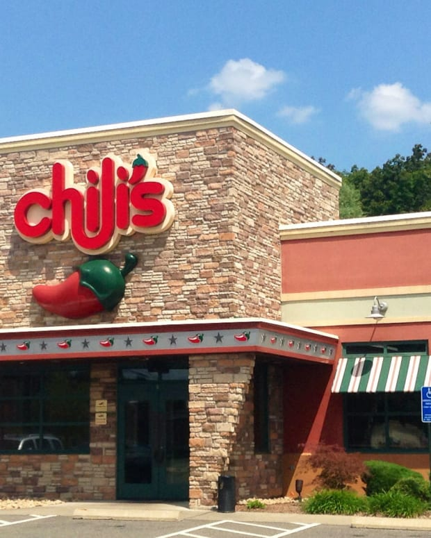 Heartwarming Gesture At Chili's Goes Viral (Photo) Promo Image