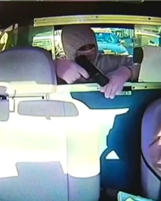 Officer Saves Taxi Driver Who Was Held At Gunpoint Promo Image