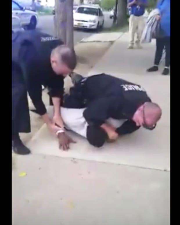 Buffalo Police Choke