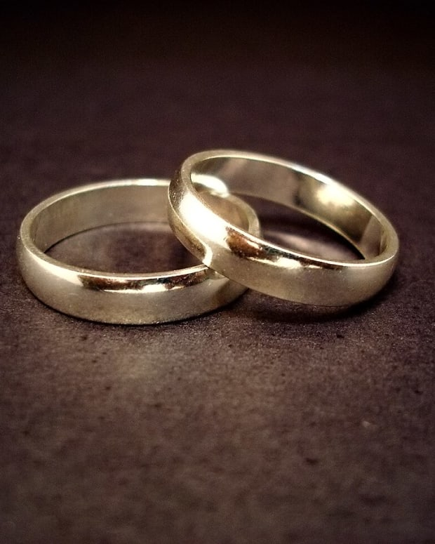 weddingrings.jpg