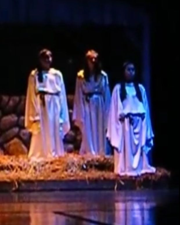 Atheists: Ban 'Live Nativity' At Indiana HS (Video) Promo Image