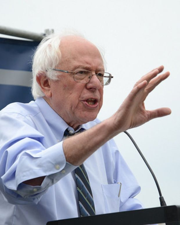 Poll: Sanders Leads Clinton In California  Promo Image