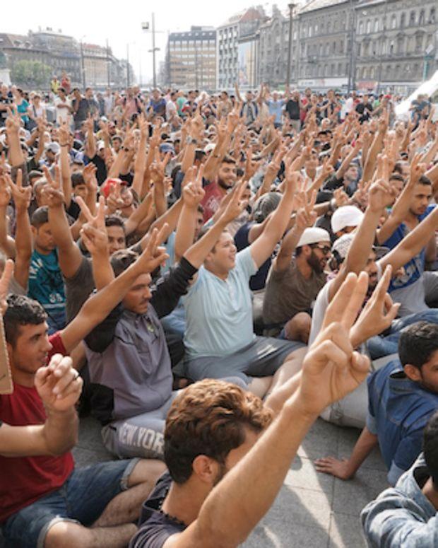 Syrian Refugees Striking
