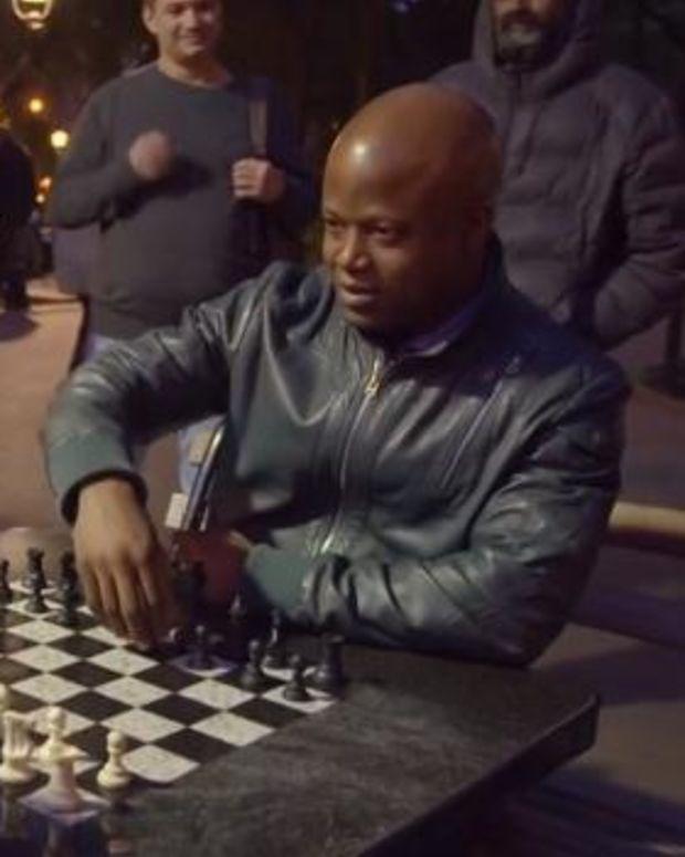 Maurice Ashley plays chess hustler