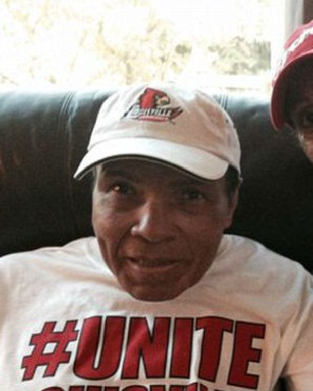 Source: Muhammad Ali's Condition Takes Turn For Worse Promo Image