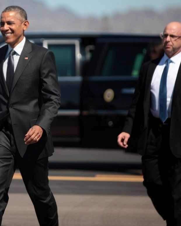 As Republicans Bicker, Obama Looks Better Promo Image