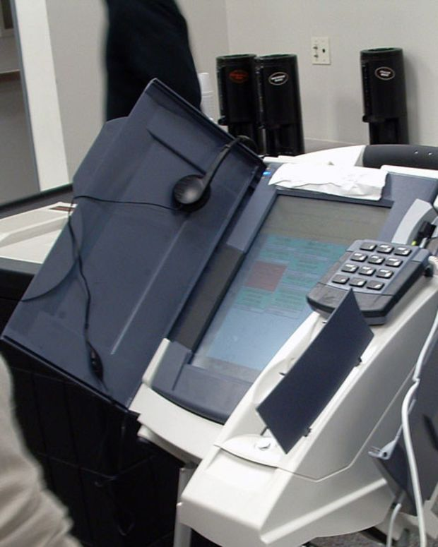 Kansas Introduces Bill To Audit Voting Machines Promo Image