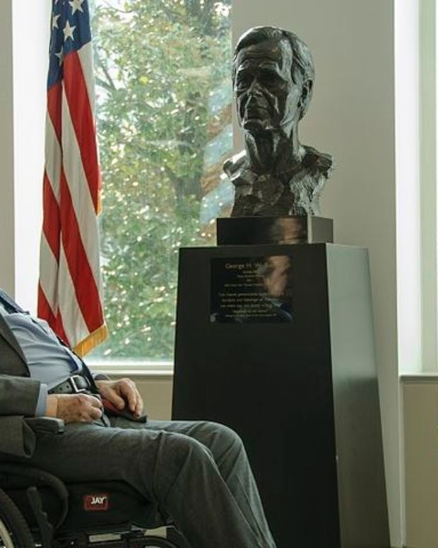 Doctors Release Statement On George H. W. Bush's Health Promo Image
