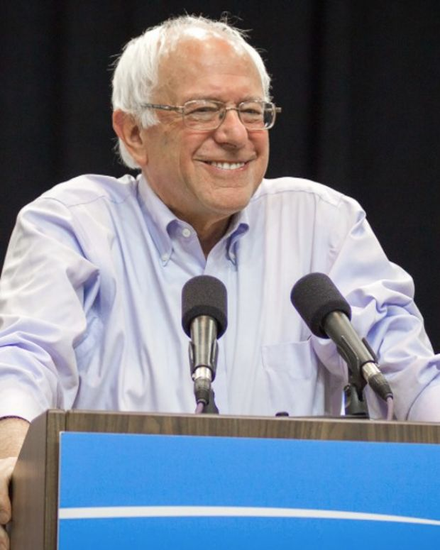 Poll: Bernie Sanders Is The Most Popular Politician Promo Image