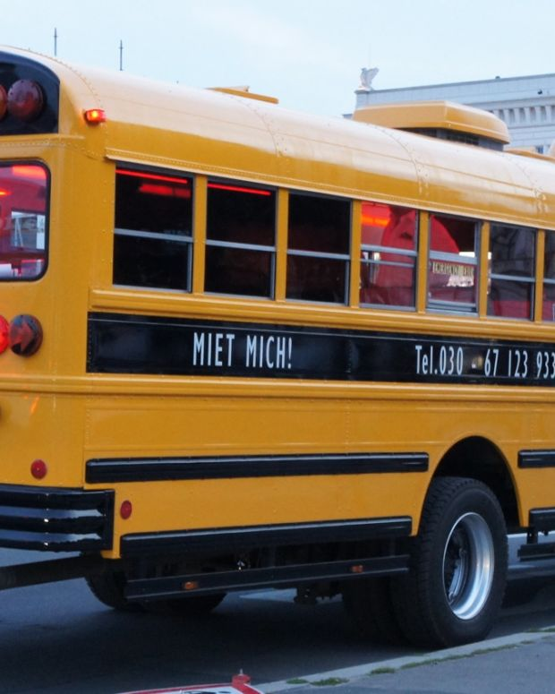8-Year-Old Falls Out Of Bus' Emergency Door (Video) Promo Image