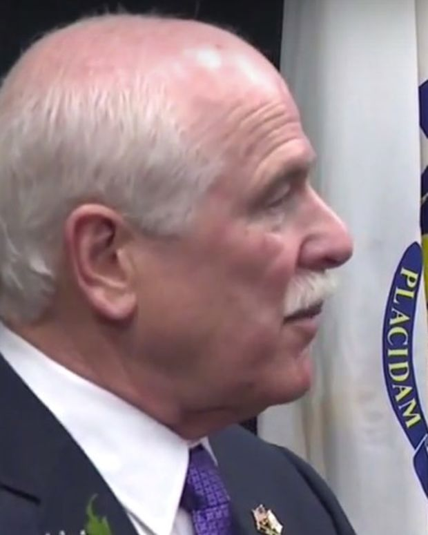 Sheriff Offers Free Inmate Labor To Build Trump Wall (Video) Promo Image