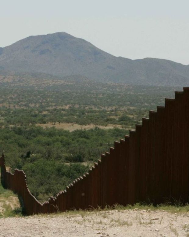 Fox News: Trump Border Wall Can Help Stop Opioid Crisis (Video) Promo Image