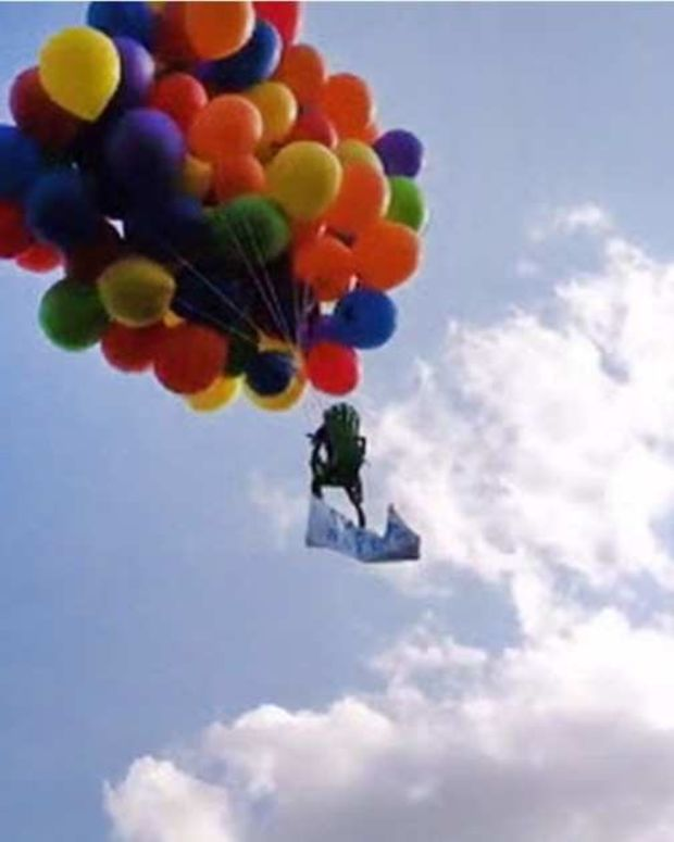 Man Fined For Balloon Lawn Chair Flight Stunt Promo Image