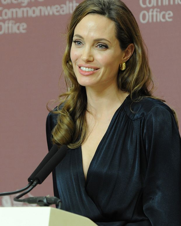 Angelina Jolie Opens Up About Divorce With Brad Pitt (Video) Promo Image