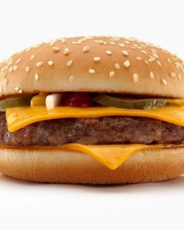 McDonald's Switches To Fresh Beef For Some Burgers Promo Image