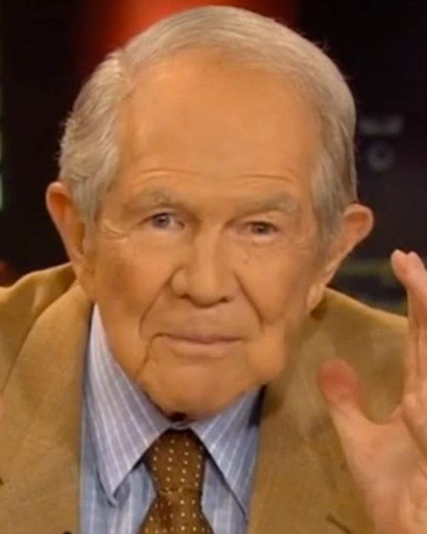 Pat Robertson Questions Hillary's Health (Video) Promo Image