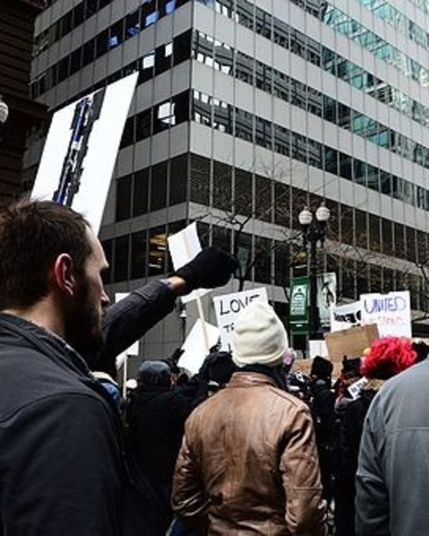 Protesters Call For Independent Probe Of Trump Campaign Promo Image