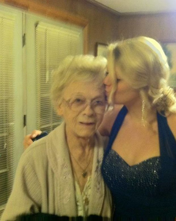 Late Country Star's Granddaughter Dead, Widower Injured Promo Image