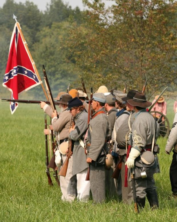 Texas Oath Keeper Says Civil War Is 'Guaranteed' (Video) Promo Image