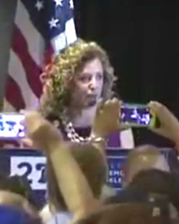 DNC Chairwoman Booed By Florida Democrats (Video) Promo Image