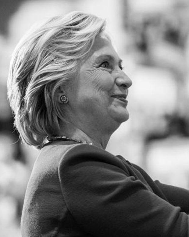 Hillary Clinton Backs New York's Free College Proposal Promo Image