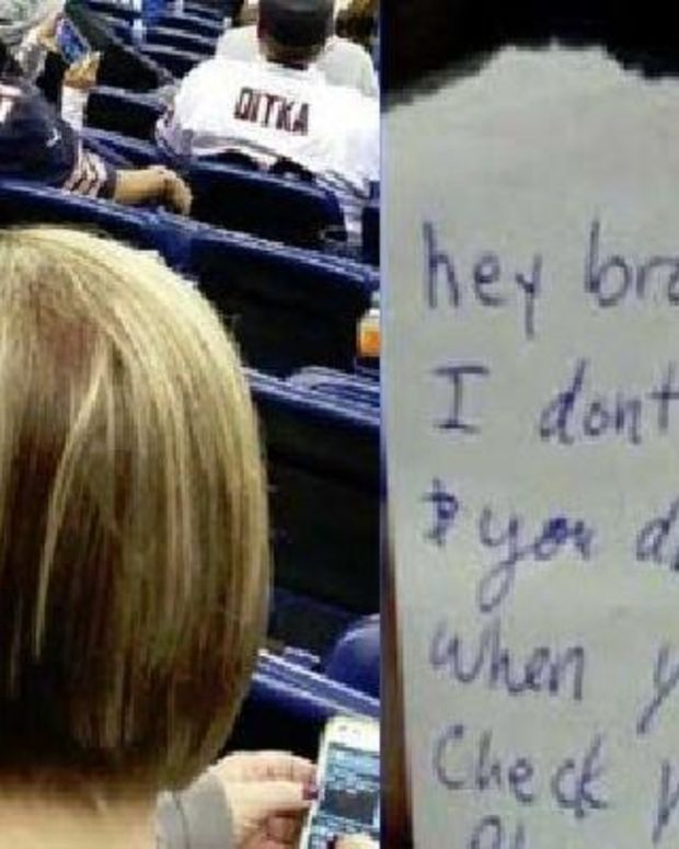 Man Receives Unexpected Note About His Pregnant Girlfriend (Photo) Promo Image