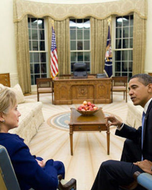 President Obama May Pardon Hillary Clinton, Experts Say Promo Image