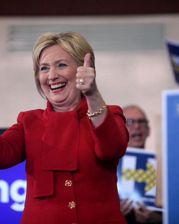 Post-Debate Poll: Clinton Gains In Key Swing States Promo Image
